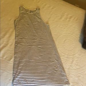 Divided stripped bodycon dress.